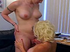 Hot tgirl foreplay w girl