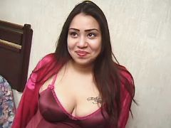 Latina pregnant girl seduces man